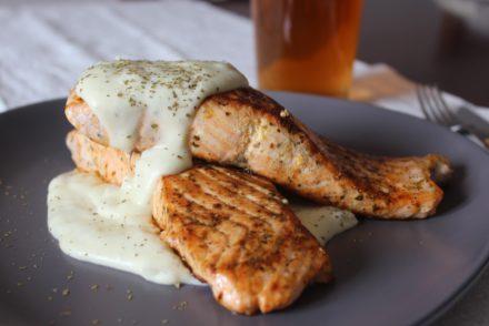 salmone con salsa champ