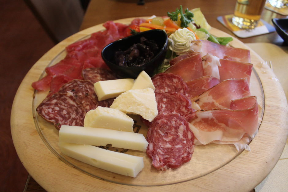 cosa mangiare ai mercatini di Natale a Trento