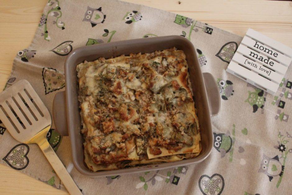 lasagne ai carciofi senza besciamella con ragù bianco