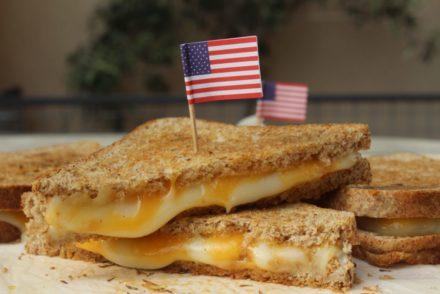 toast al formaggio americani