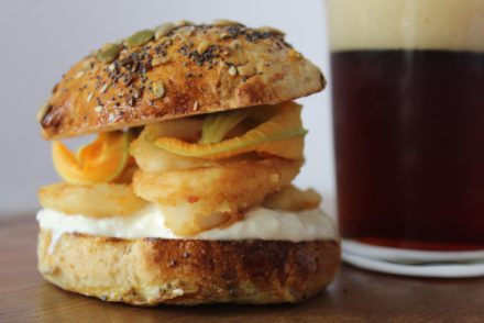 fish burger di totani fritti e stracciatella