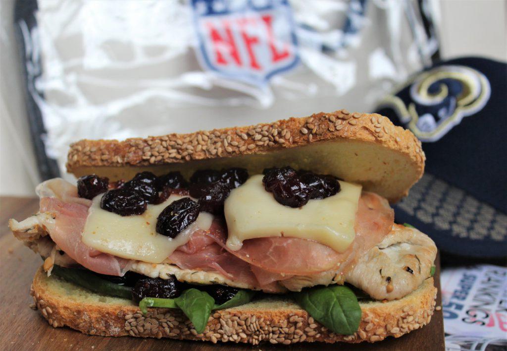 sandwich di tacchino e mirtilli rossi