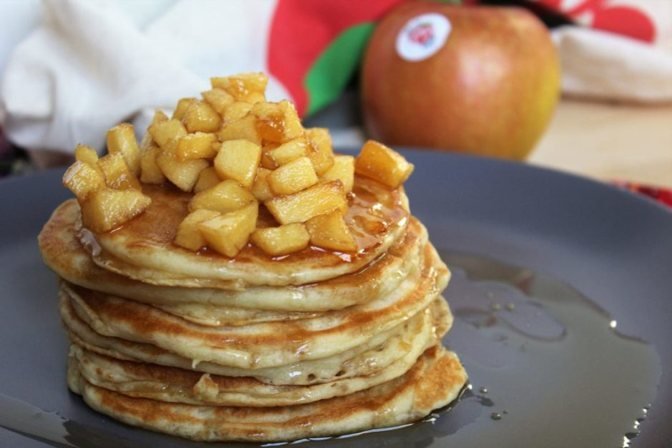 pancakes alle mele caramellate senza uova