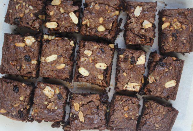 brownies con frutta secca