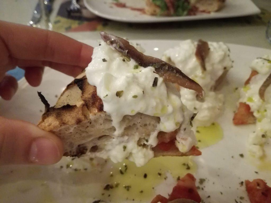 pizza gourmet con burrata pugliese