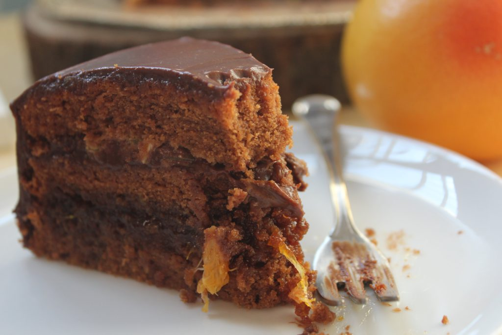 fetta di torta cioccolato ed arance