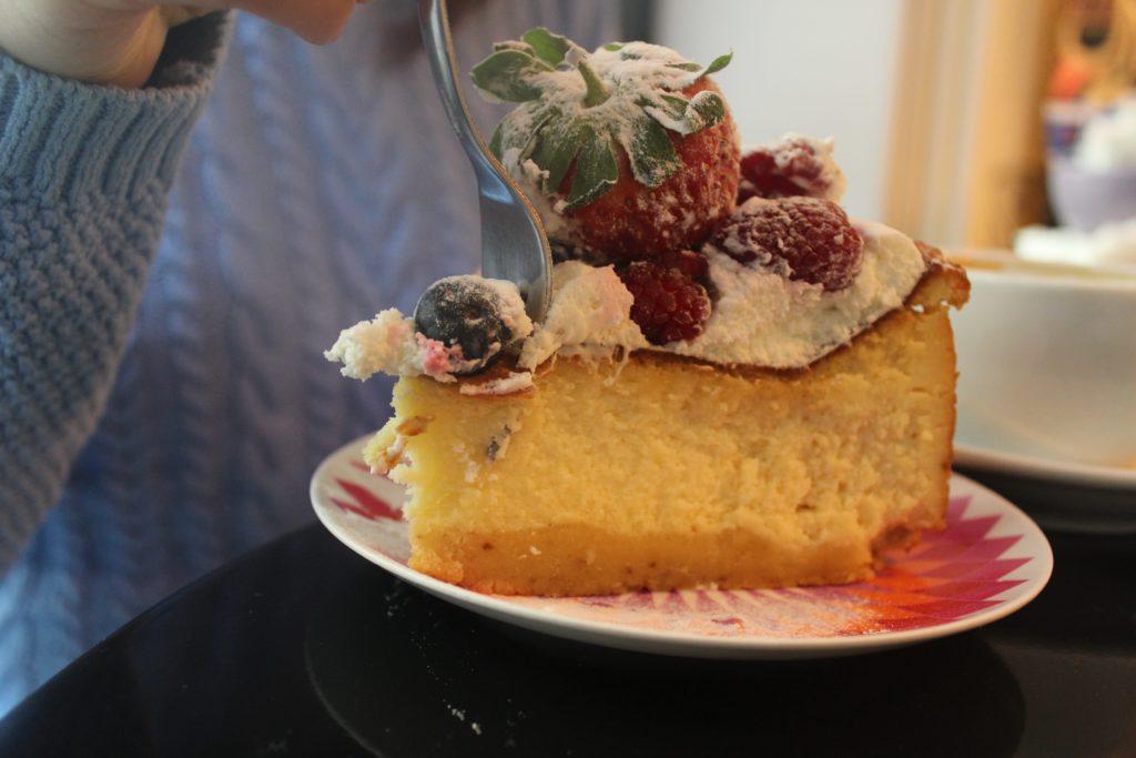 fetta di new york cheesecake