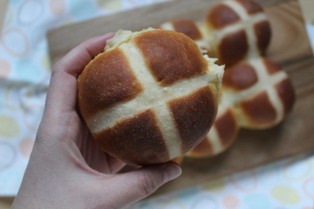 come fare gli hot cross buns molto soffici