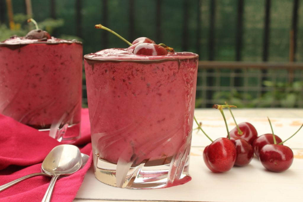 frappè alle ciliegie con latte d'avena